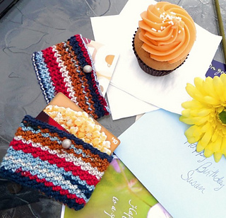Ravelry: Gift Card Holder (Knit & Crochet) pattern by Tandy Imhoff Designs