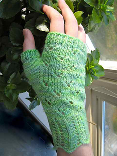 Spring_mitts_2_small2