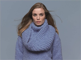 Stumble_and_totter_snood_small2