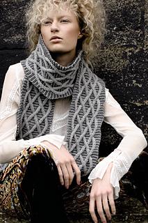 Windy_scarf_3_small2