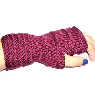 Herrinbone_fingerless_mittens_3_small2