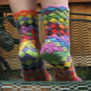 Entrelac_socks_4_small2