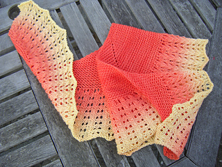 2_shawls_in_may_013_small2