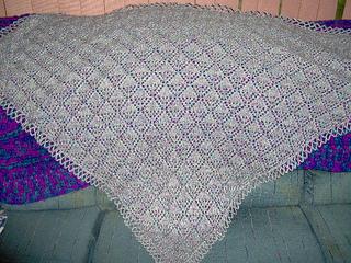 Angela_s_wedding_shawl_a_8-16-09_small2