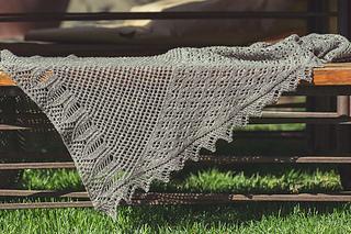 Edmonia_shawl_01_small2