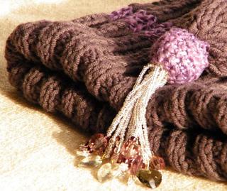 Hat_purplestripeknit1_small2