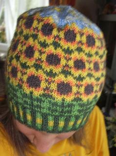 Sunflower_beanie3_small2