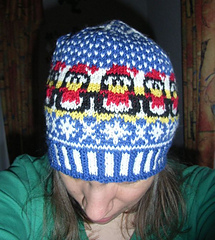 Winter_penguin_beanie6_small