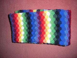 Infinity_rainbow_scarf7_small2