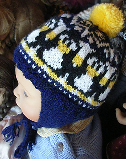 Baby_penguin_earflap_hat1_small2