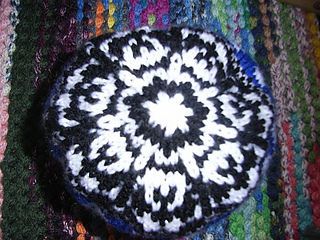 Ghost_baby_hat4_small2