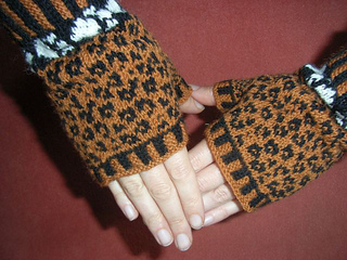 Leopard_mittts2_small2
