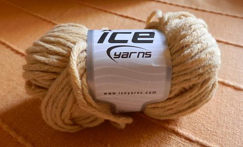 Ice-bulky_wool_medium