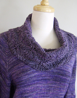 Cowl_sweater1_small2