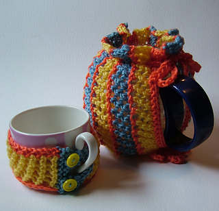 Let_s_knit_tea_cosy_small2