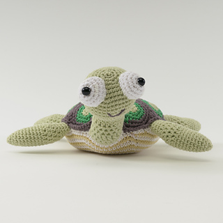Amigurumi Animals Susan Yeates : Ravelry: Raphael the Turtle (Amigurumi) pattern by Susan ...