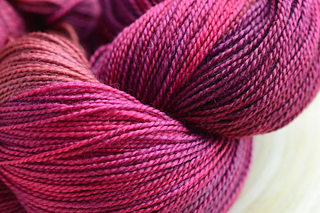 Yarn_superwashsock_small2