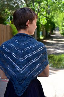Diagonal-lace-shawl-knitting-pattern_small2