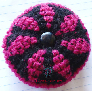 Flower_mandala_pin_cushion_crochet_pattern_sylver_santika_hook_candy_2_small2
