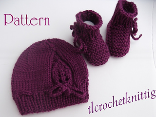 Ravelry: Preemie - Newborn Baby Girl Hat and Booties Set pattern by Tanya Lap...