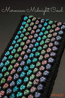 Moroccan-midnight-cowl-labeled_small2