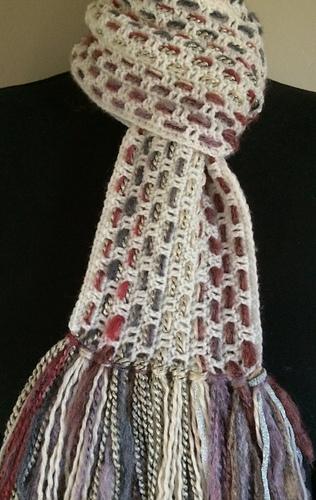 Dc-woven-scarf_medium