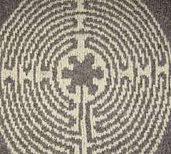 Chartres_labyrinth_-_small_small