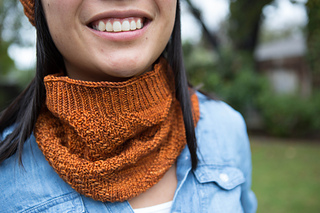 140209_handknitorghatcowl-3_small2