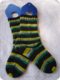 Potion_master_socks_2_small2