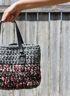 Ravelry T Shirt Yarn Crochet Purse Pattern By Jennifer V
