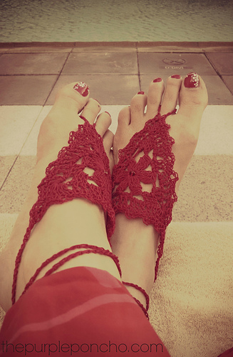 Barefoot_sandals_by_the_purple_poncho_medium