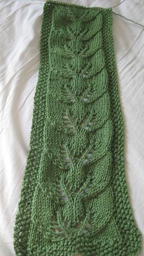 Ravelry: #27 Twin-Leaf Scarf pattern by Heather Carlson