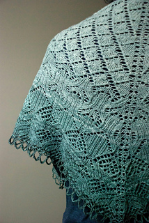 Mystery_shawl_small2