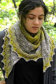 Mystery_shawl_wrapped_5_small2