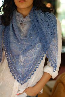 Viola_shawl_1_small2