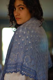 Viola_shawl_3_small2