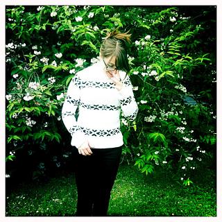 Photo-white-jumper_small2