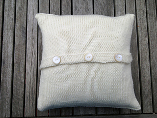 Pillow_back_small2