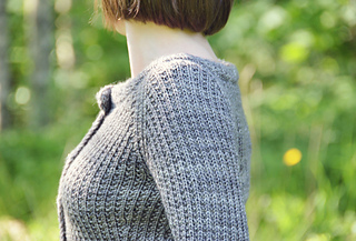 Quay-cardigan-3_small2