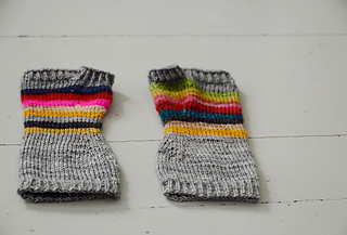 Rag-rug-mitts_small2