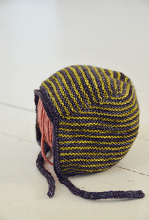 Baby-bonnet-1_small2