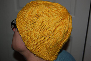 Yellow_diamond_hat_2_small2