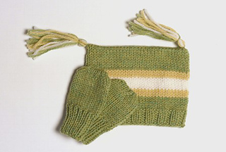 Green_tassle_hat_sm_small2