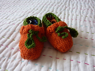 Chaussons-citrouille_small2