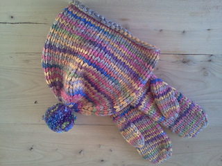 Maipo_hat_and_mittens_small2