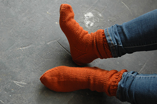 Orange-socks_small2