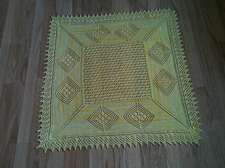 Mandy_s_shawl_small2