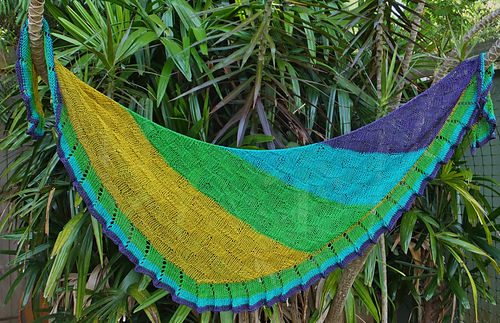 Lonely_yarns_shawl_kal_012__1000x645__medium