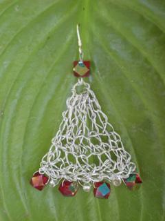 Triangular_trinkets_earrings_small2