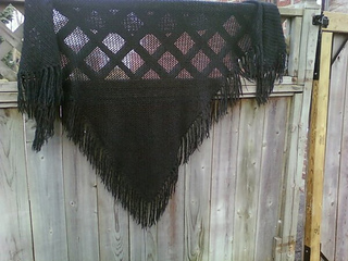 Windfall_shawl_pic_1_small2